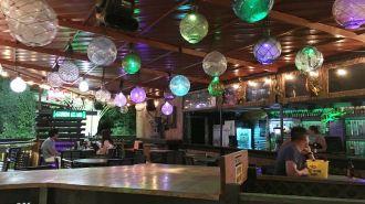 關島綠蜥蜴酒吧 Green Lizard Castaways