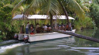 關島叢林之河探險 Adventure River Cruise