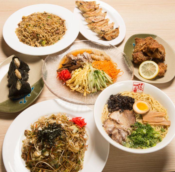 店內受歡迎的雖然是拉麵,但阿物最喜歡的菜色反而是日式炒麵(yakisoba)!