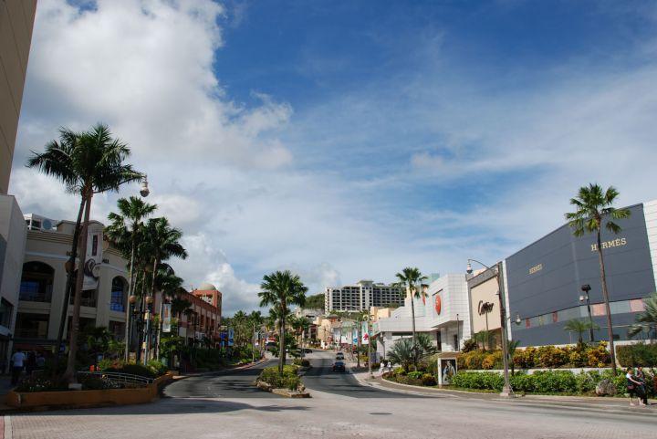 關島的DFS座落於杜夢灣最中心位置。