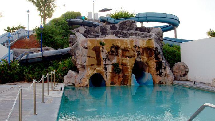 位於安華渡假村內的安華海灘水上樂園Onward Water Park。