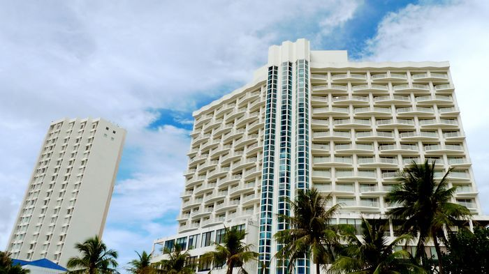 安華渡假村飯店有兩棟,分別是Onward Wing與等級較高的Onward Tower。