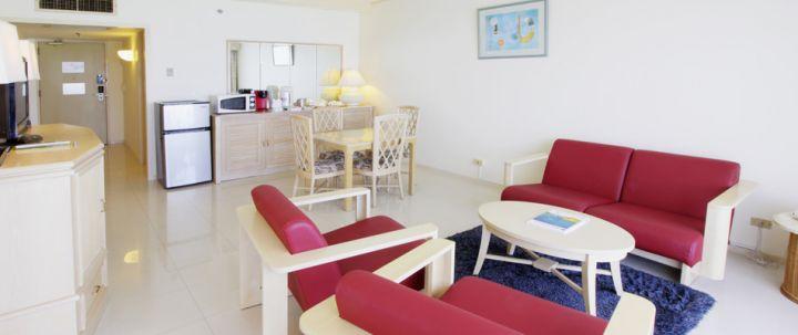 Onward Wing Junior Suite房間室內空間。