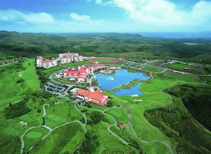來關島不想住靠海想住靠山的朋友,挑里奧皇宮渡假村就對了!
