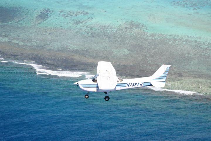 Cessna 172單螺旋槳飛機。