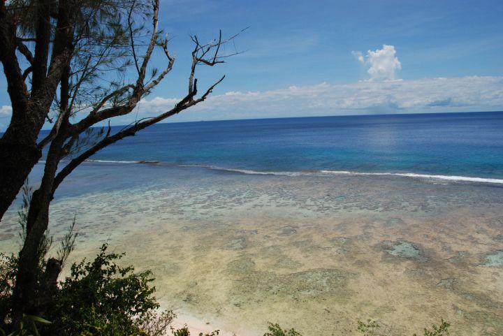 任何角度拍攝都能做成明信片質感的沙灘與清澈到不行的海水。