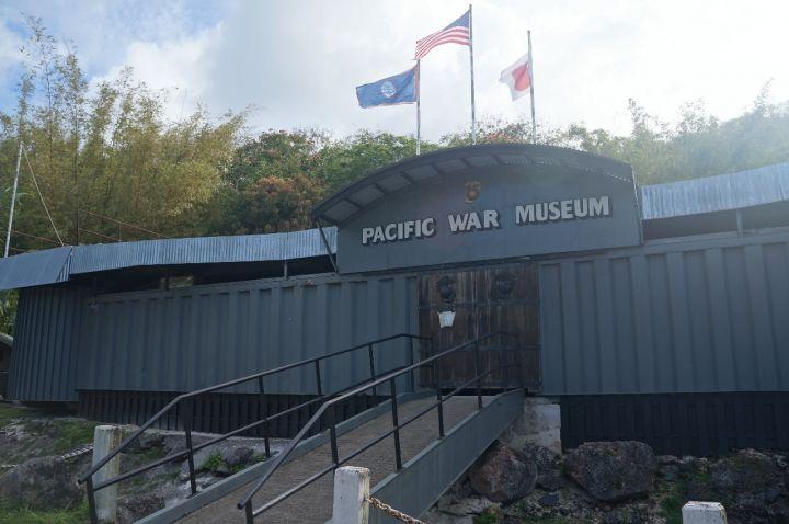 太平洋戰爭博物館創辦者是已故前美國海軍陸戰隊老將John Gerber。