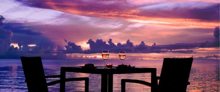 The Beach Bar 海邊夕陽只要看過一次,絕對讓人終生難忘!