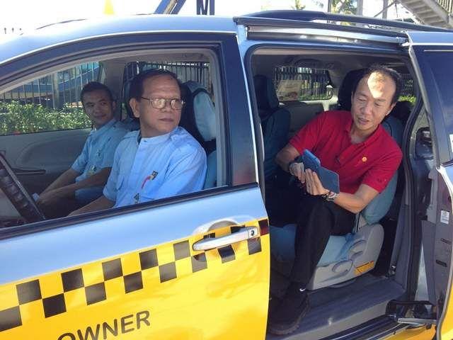 搭乘Miki Taxi的同時,可享用免費Wifi上網。( 圖片來源/Guampdn.com)