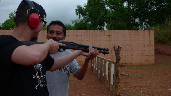 在關島,「實彈射擊」是相當熱門的娛樂活動。