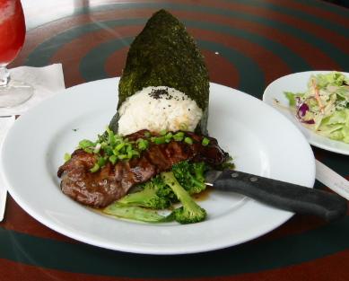 Sea Grill提供的是夏威夷風味海鮮菜色。