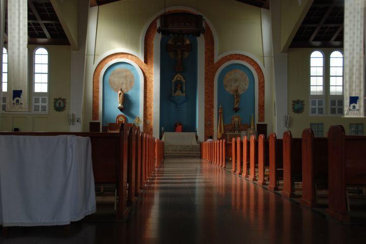 聖母瑪莉亞教堂內部。