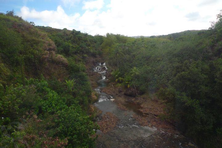 公園內最具代表性的景點就是泰拉佛佛瀑布。