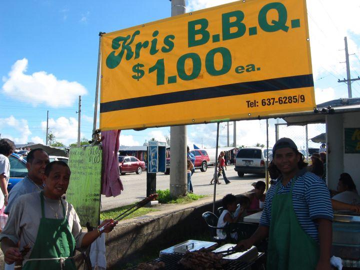 早餐就吃當地燒烤名店Kris BBQ,很過癮。