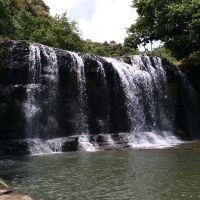 關島橫井山洞