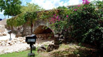 關島聖安東尼橋 & 美人魚像 San Antonio Bridge & Sirena