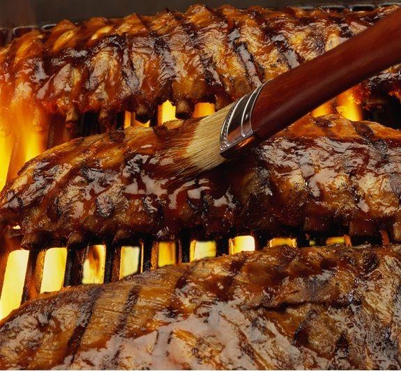 以美式烤肋排聞名世界的連鎖餐廳。