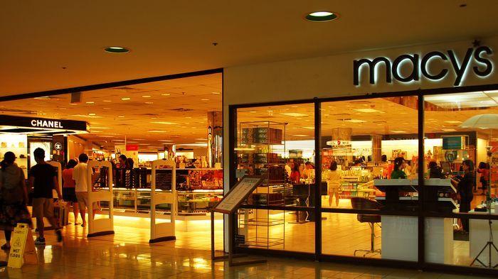 美國最大的百貨公司Macy's也在此設點。