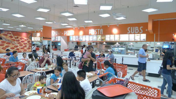 K-Mart內的餐廳。