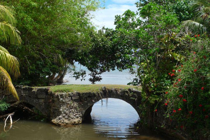 古橋在西班牙統治時期所建造。