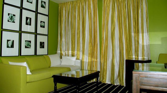 Junior Suite房型類似台灣Motel的大膽設計。