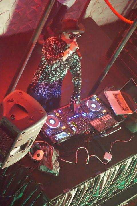 GLOBE音樂風格以嘻哈為主,也會參雜著時下的流行音樂與電音。