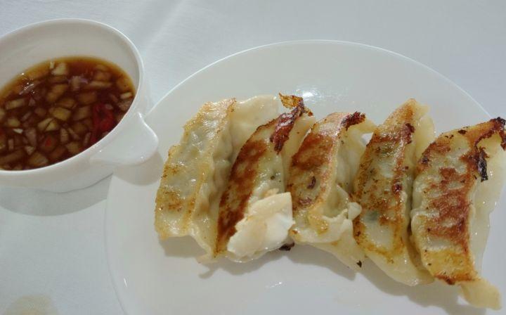 食材用料與口味在關島都算很不錯。