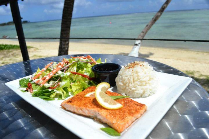 有租車的朋友一定要挑一天來這邊享受海邊早餐,不會後悔的!