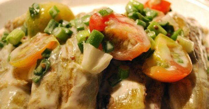 酸辣涼拌雞肉沙拉。