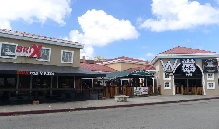 關島夜店新銳四兄弟W Pub、Route 66、Molly's、Mars Pub。