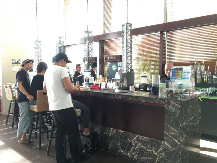 除了基本酒水,這裡是關島唯二有提供星巴克咖啡的餐廳(另一加在Westin飯店內)。