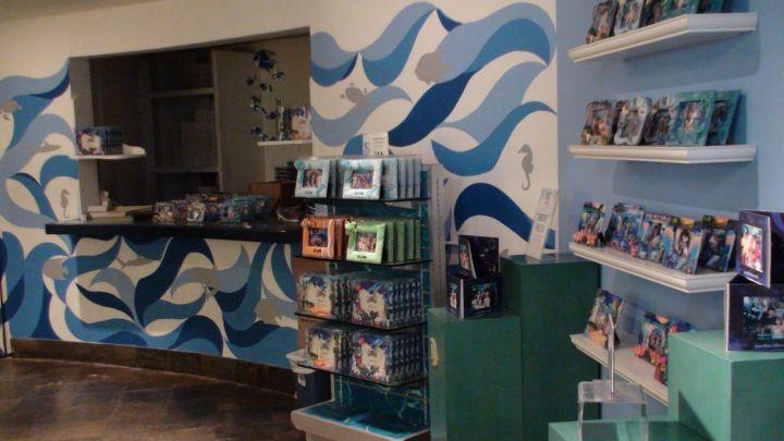 海底世界水族館內的紀念品店。